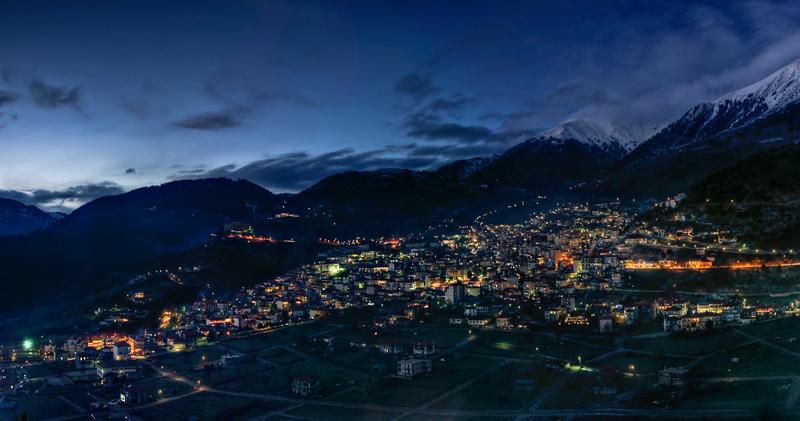 karpenisi_by_night_2
