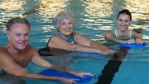 ατομα ανω των 40 κολυμβηση